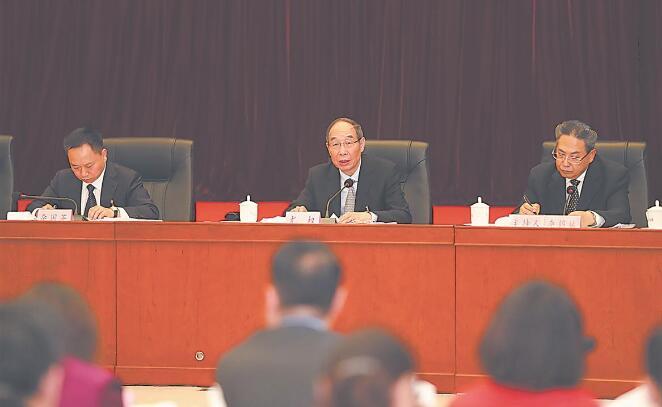 尤权在参加安徽代表团审议时强调.jpg